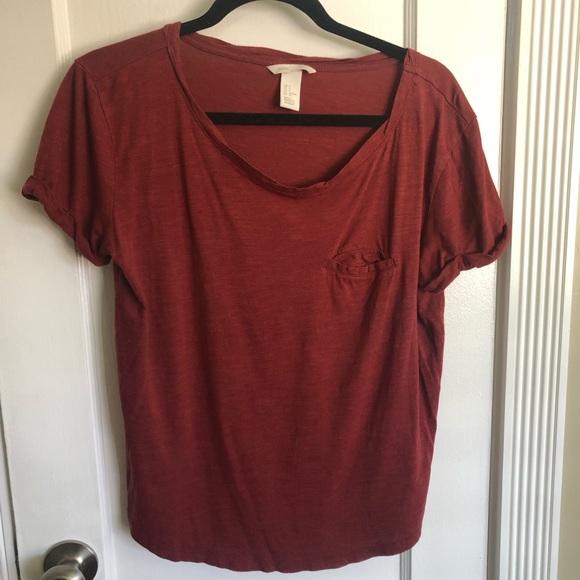 H&M Tops - Basic H&M Maroon Pocket TShirt